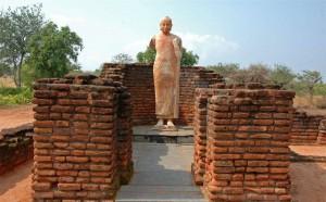 ナーガルジュナコンダとアマラバティーへ~龍樹菩薩ゆかりの地と南インドの宗教建築を満喫する